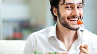 Comer despacio: imprescindible para perder peso